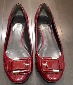 💯Authentic Burberry red flats